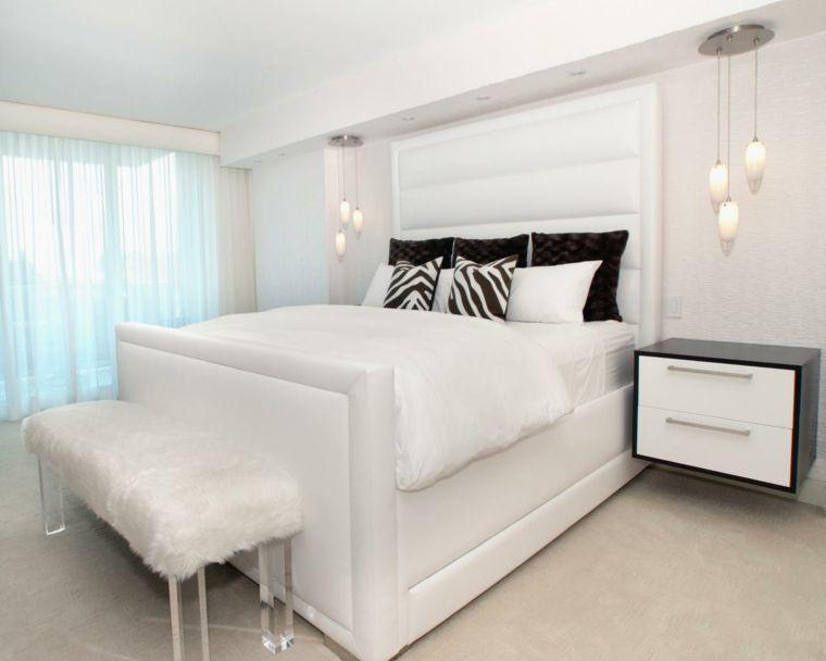 Chambre A Coucher Blanche Avec Des Accents Colores Decor Blanc