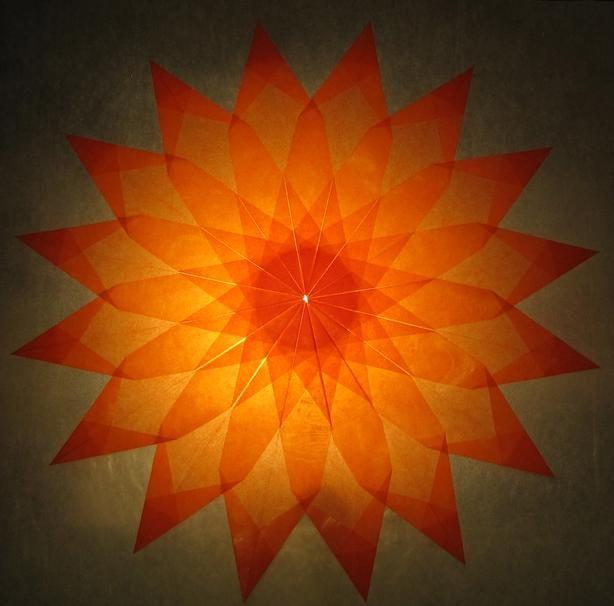 Orangener Stern 16 Zacken Sterne Aus Transparentpapier