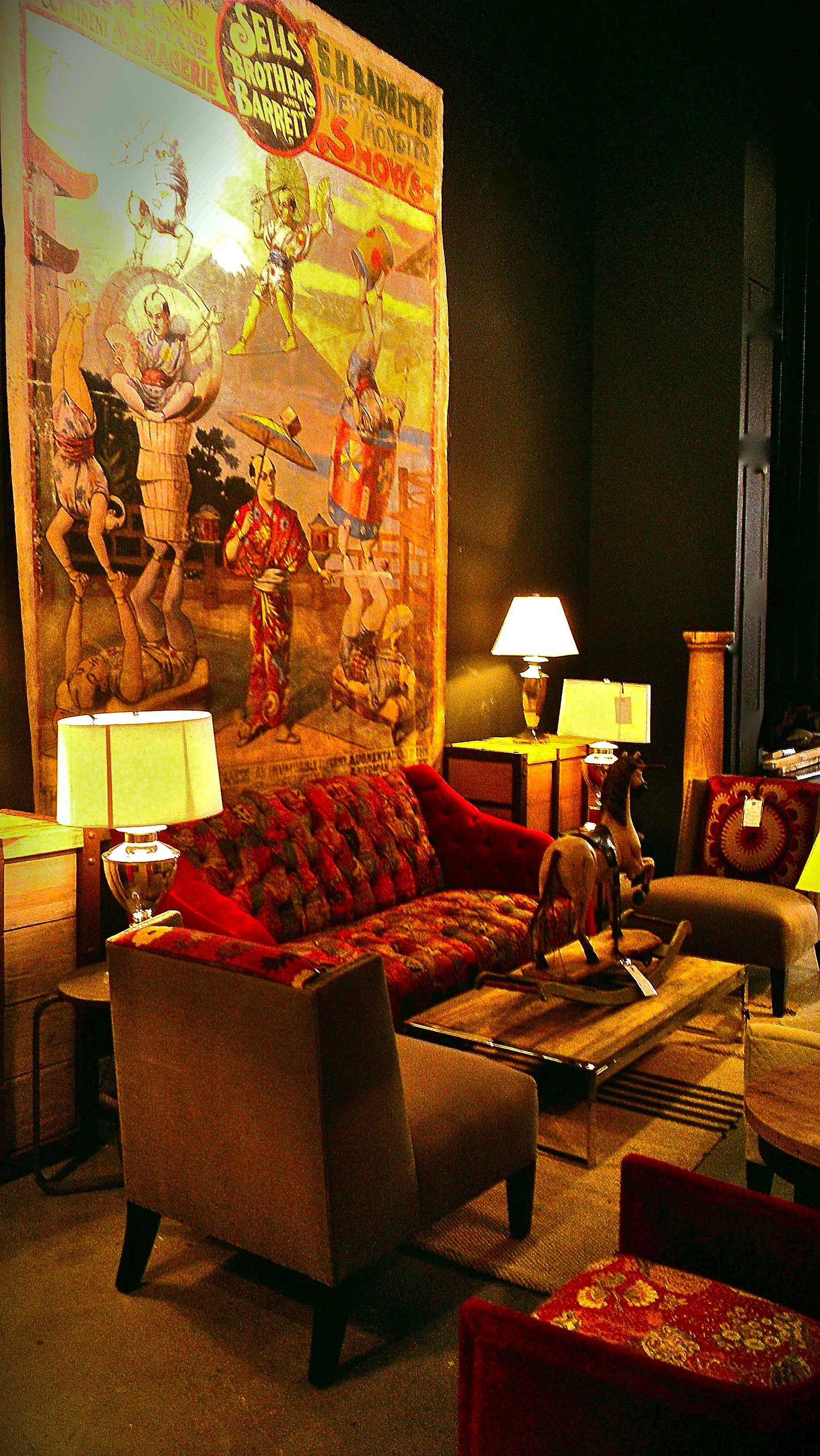 Vintage Circus Canvas reproduction, Tagara Sofa in