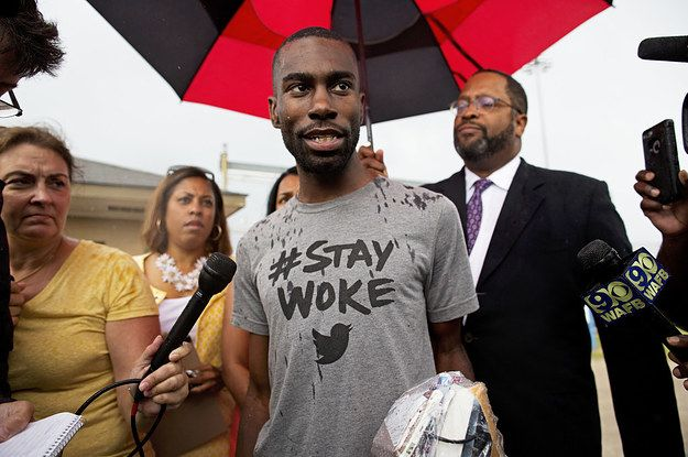 Activist Deray Mckesson Other Protesters Won T Be Charged In Baton Rouge Black Lives Matter Black Lives Baton Rouge
