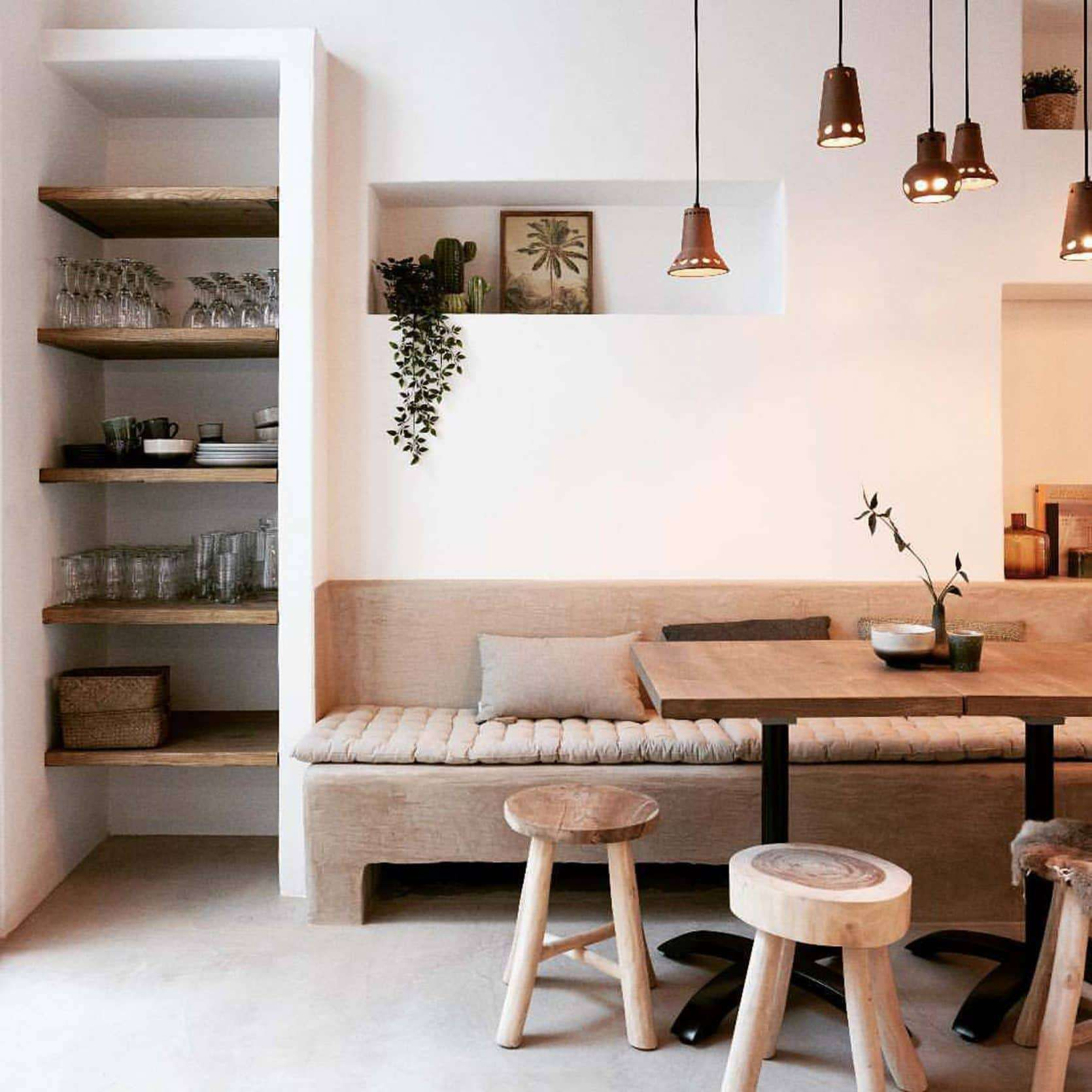 Mountain House Monday: An Update on the Dining Banquette + Ask the Audience