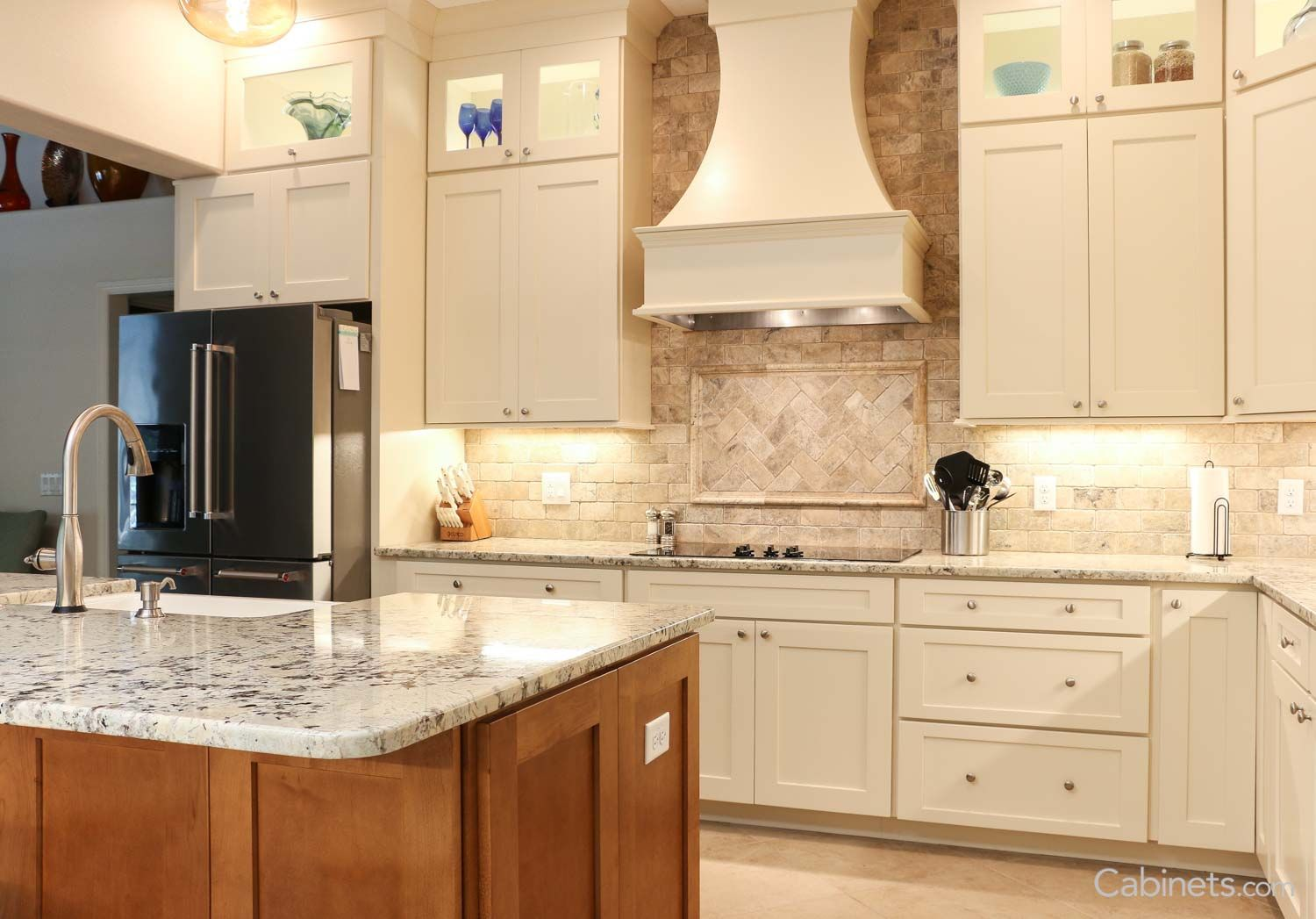 Gorgeous Off White Shaker Kitchen Cabinets Antique White Kitchen White Shaker Kitchen Cabinets Antique White Cabinets