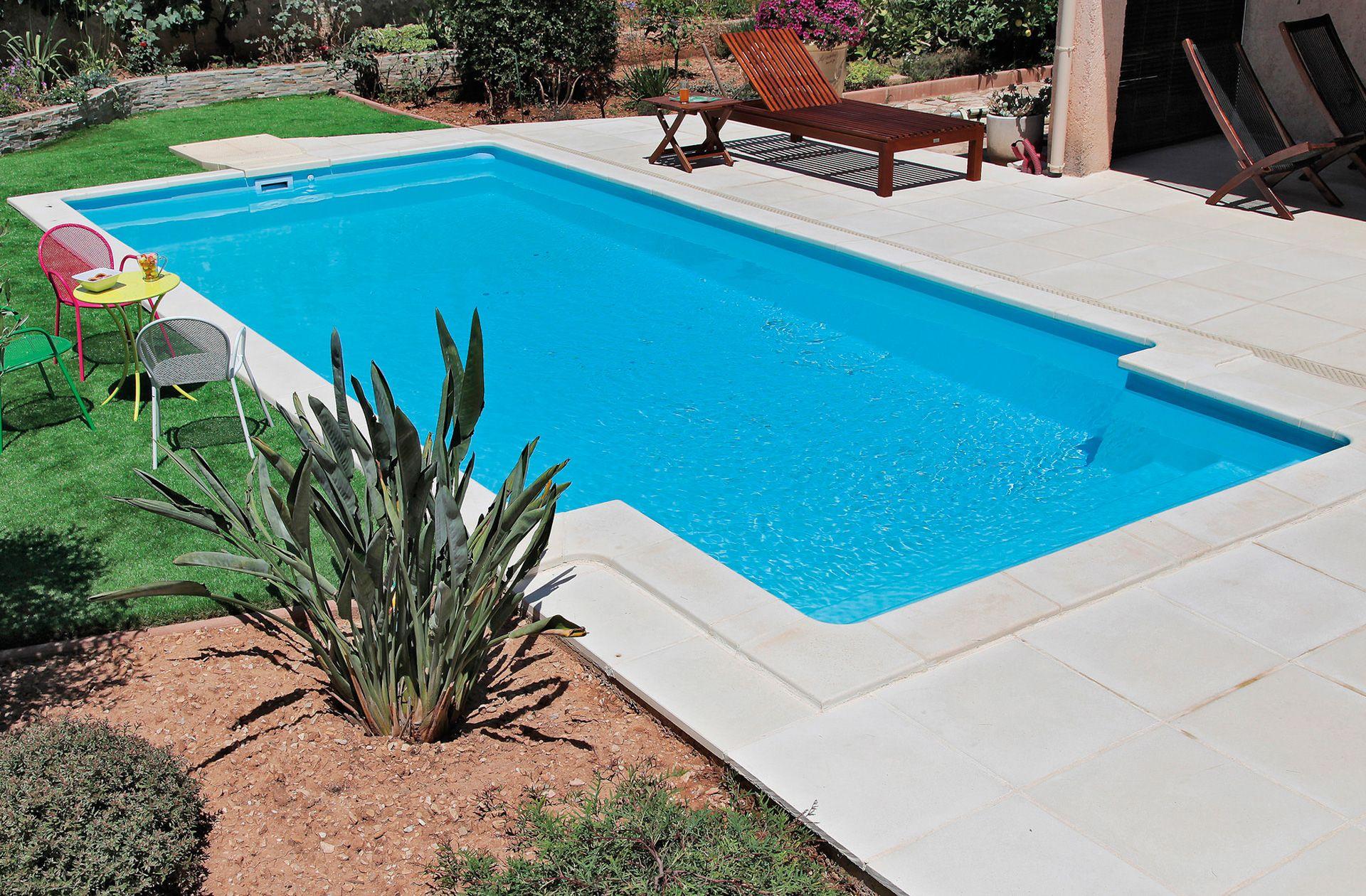 Pool Bildgalerie Swimmingpool Referenzen Desjoyaux Pools Pool Garten Im Bauen Pools Selber Schwimmbecken Swimmingpool Mini Desj In 2020 Outdoor Outdoor Decor Pool