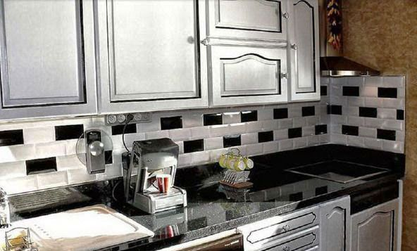Glossy White And Black Wall Tiles For Kitchen Decorating