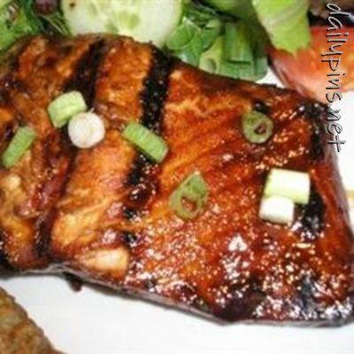Honey-Ginger Grilled Salmon (originally spotted by @Enriquetahcq )