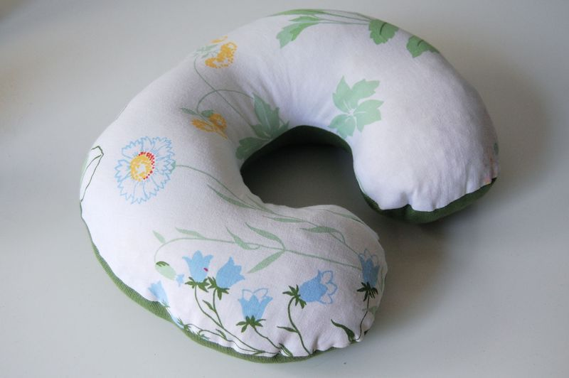 the pattern for travel neck pillow | SEWING | Pinterest ...
