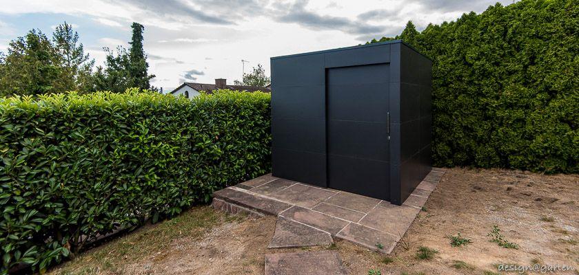"Modernes Gartenhaus ""black box"" _gart in Heilbronn by"