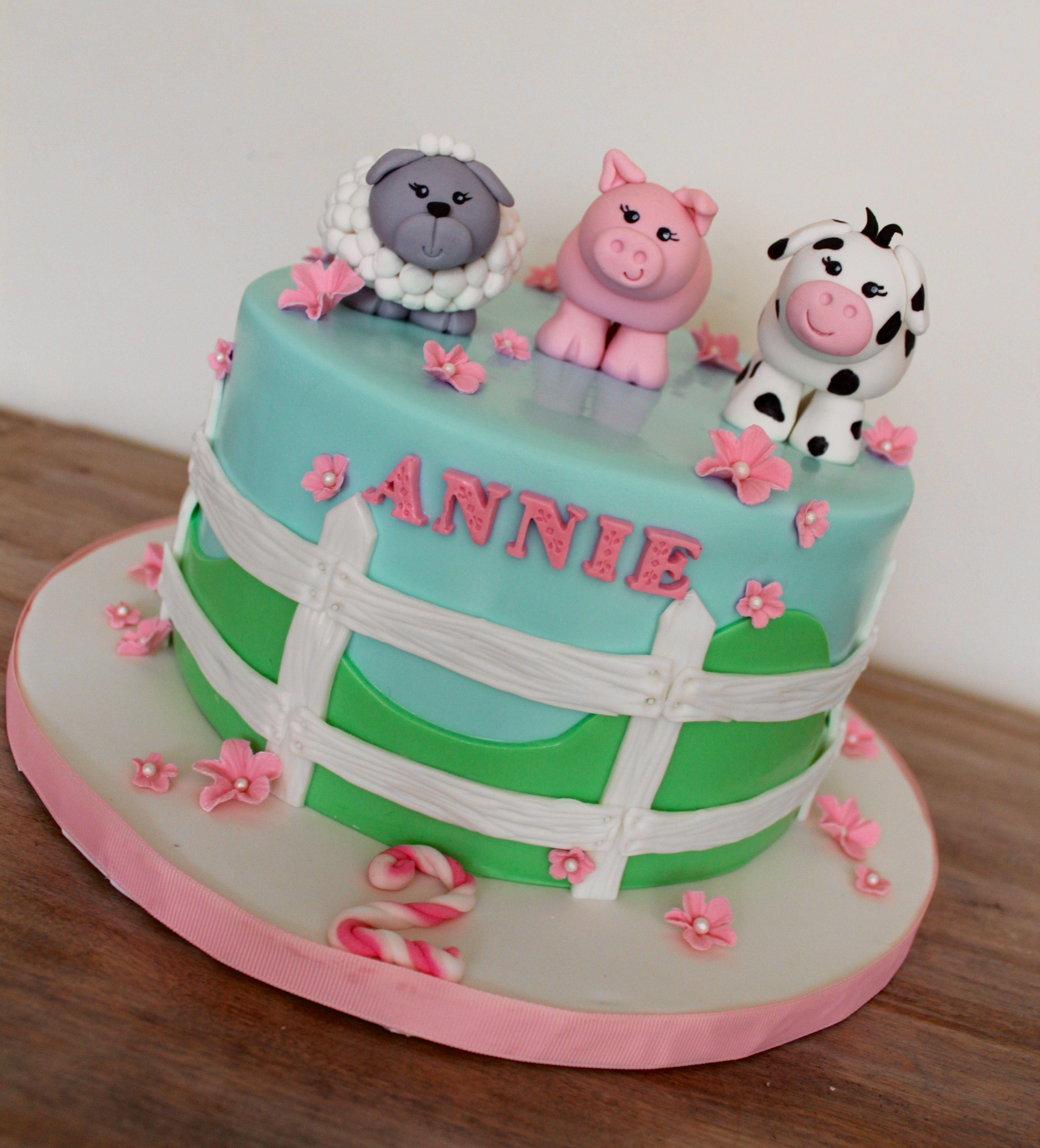 Farm Animals Fondant Sheep Pig Cow Figurine Edible Birthday Cake