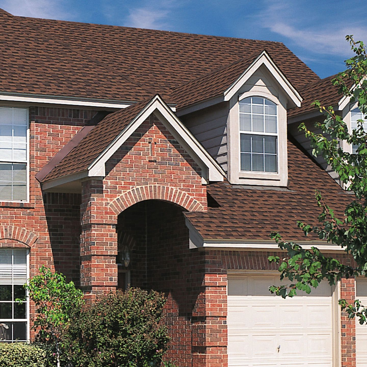 Roof Shingle Colors How To Pick The Best Asphalt Shingle Color For Your Home Roof Shingle Colors Shingle Colors Red Brick House