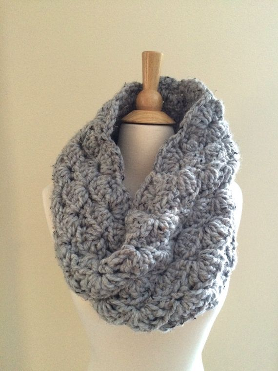 Diy Crochet Pattern Sophie Cowl Super Bulky Lacy Infinity Scarf