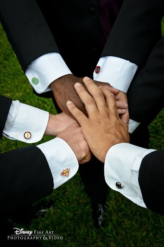 """These groomsmen are """"all in"""" as they show off their custom superhero cufflinks #Marvel"""
