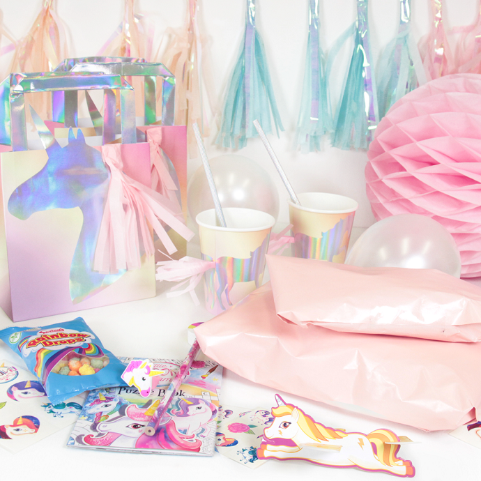 5 Magical Games to Play at a Unicorn Party - Unicorn party, Birthday party games, Unicorn birthday, Unicorn theme party, Unicorn birthday invitations, Unicorn birthday parties - There's nothing quite as magical as a unicorn birthday party   but it's easy to focus on the beautiful décor and forget about the