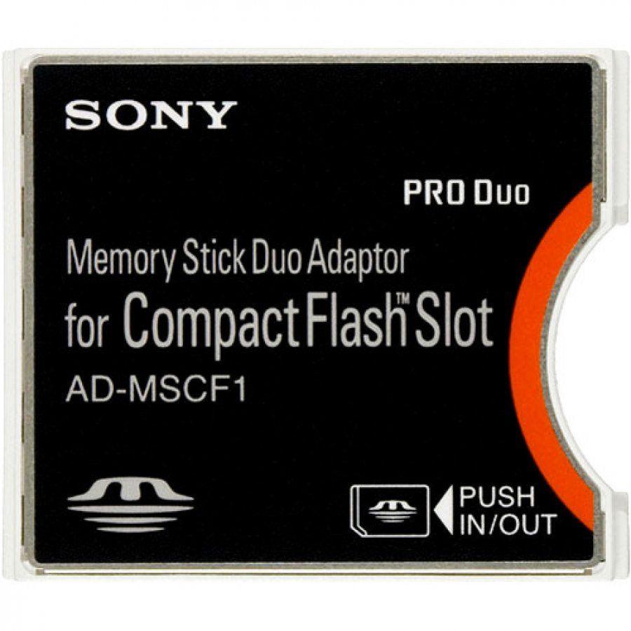 Sony AD-MSCF1. Adaptador para usar memorias MemoryStick Duo en dispositivos que posean ranuras CompactFlash Tipo II. Está diseñado en específico para la gama de cámaras DSLR Alpha de la casa