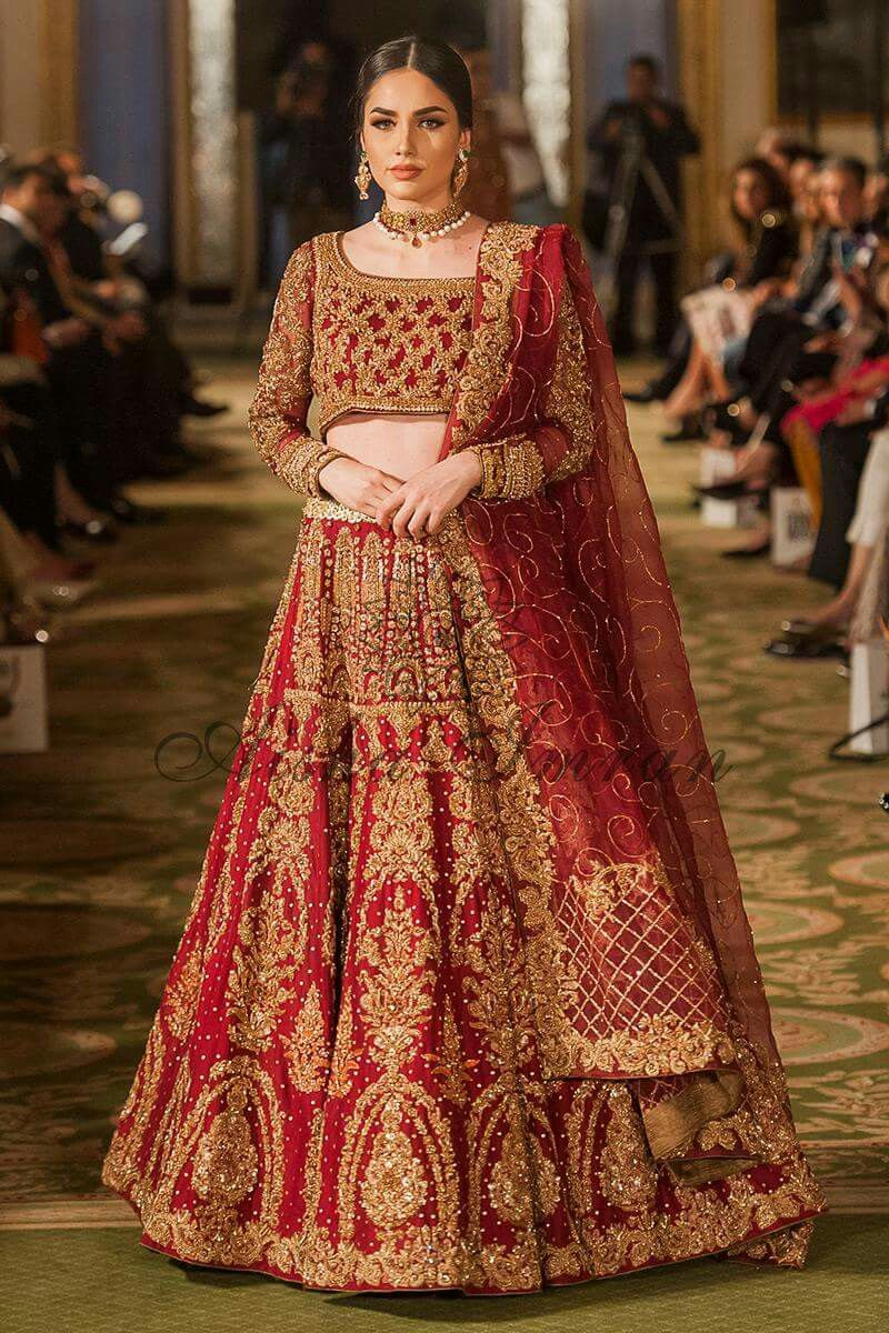 Pin de Hadia Zareef en Barat day dresses | Pinterest