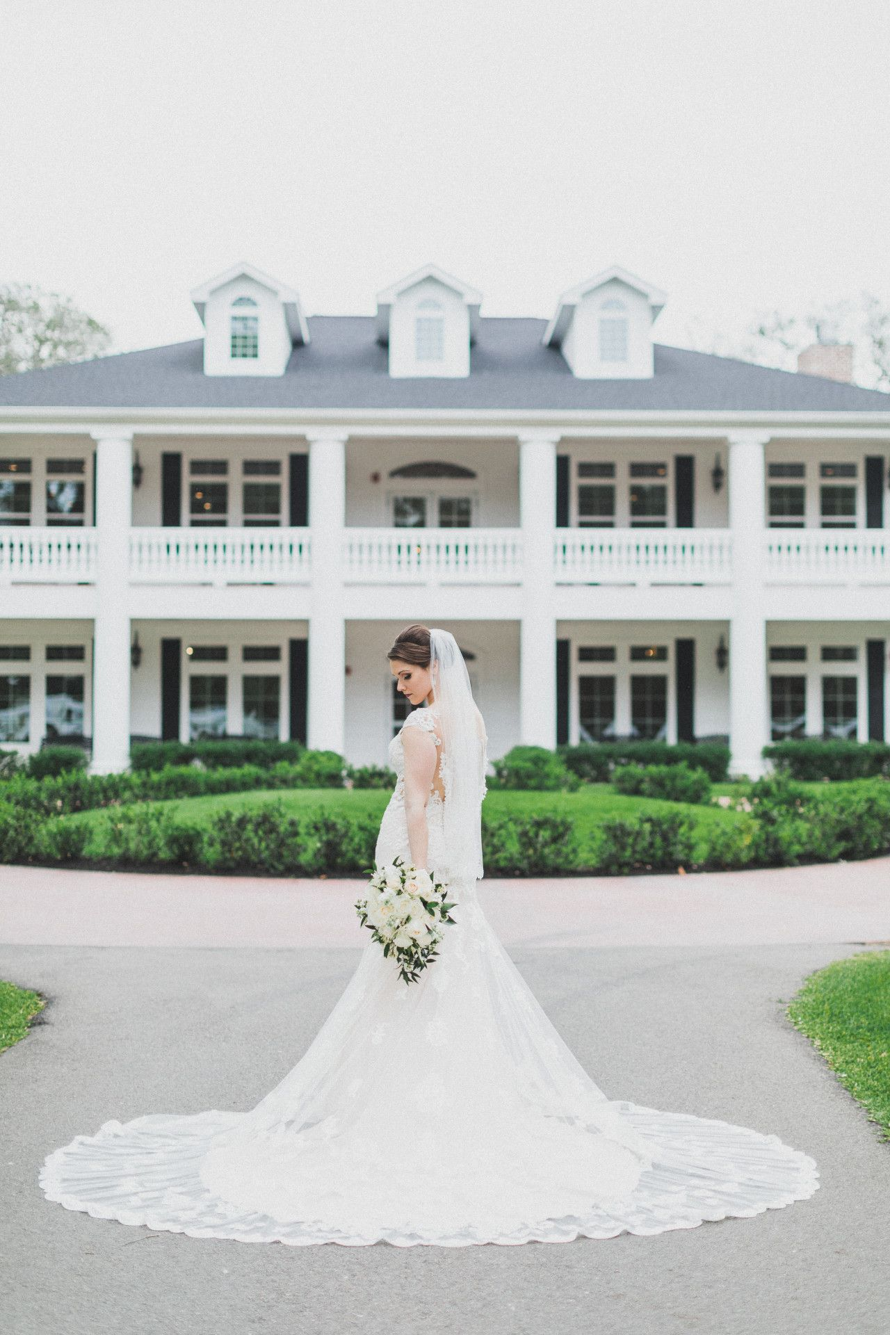 Manor Style Wedding Venue Colonial House White Mansion