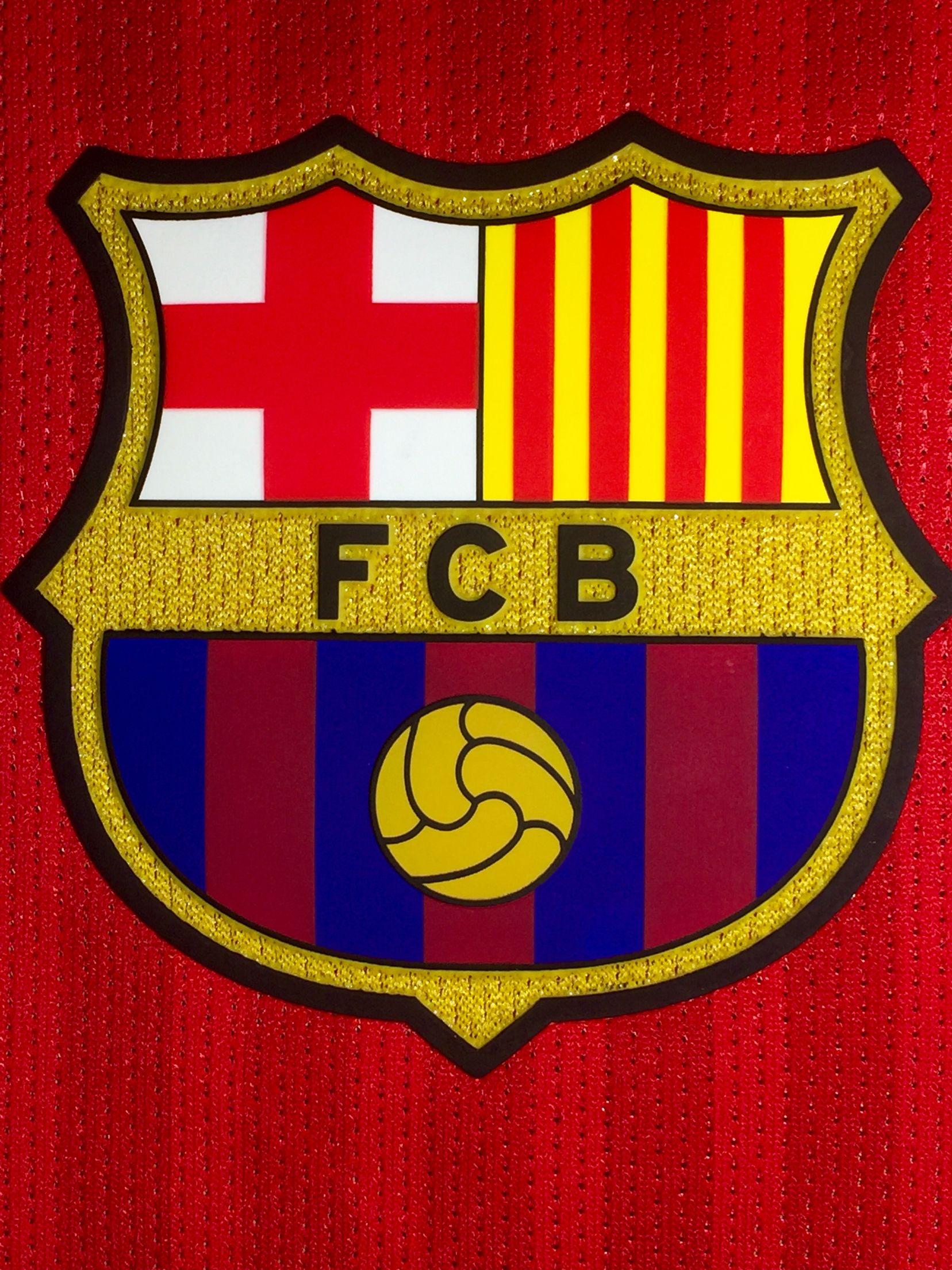 Escudo blaugrana temporada 2016 2017 bar a fc barcelone barcelone et football - Logo barcelone foot ...