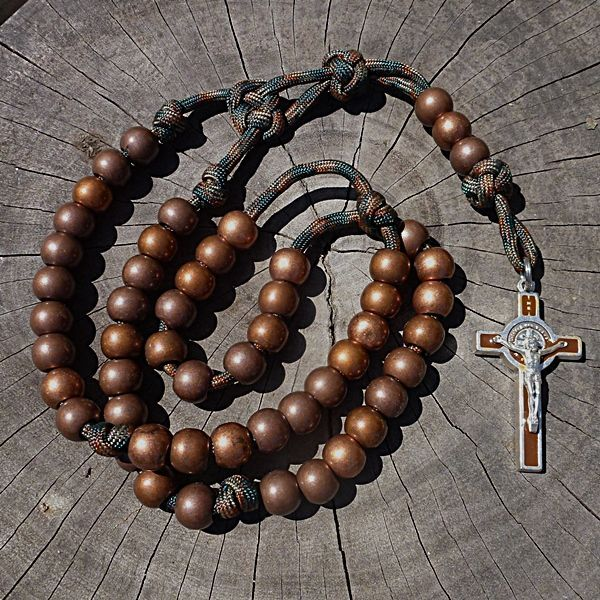 How To Make A Rosary Out Of Paracord Rosary Making Pinterest