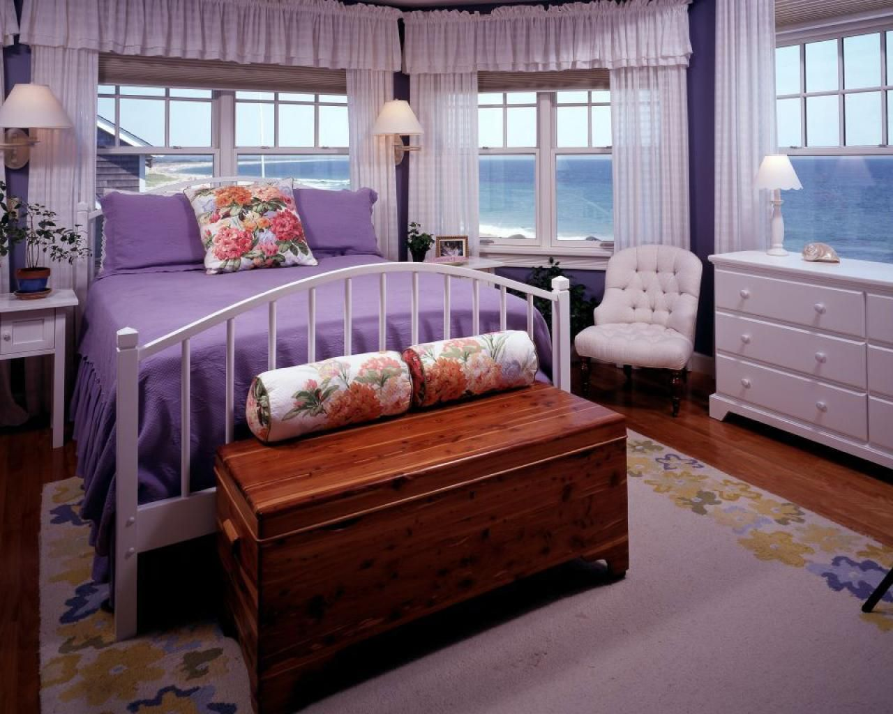 5 Grown Up Purple Interiors
