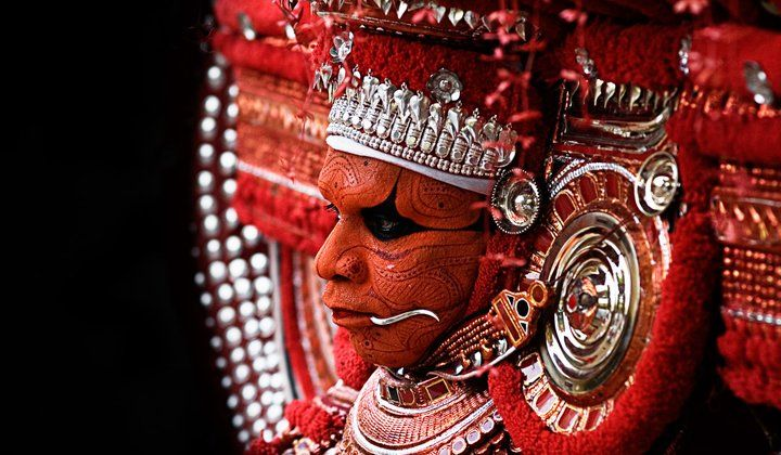 com Photo of the Day: Muchilot Bhagavathi Theyyam ...