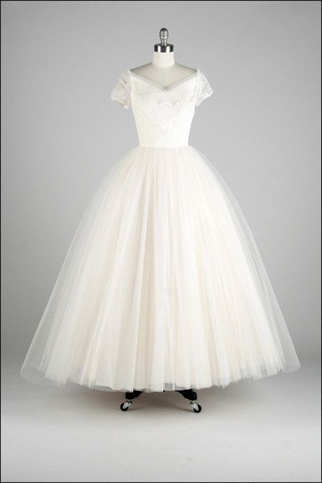 Vintage 1950s White Tulle Princess Wedding Dress by ...