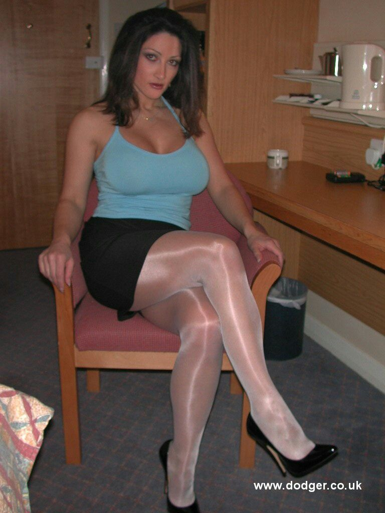 Thumbs Mature Pantyhose Stocking Porn 50