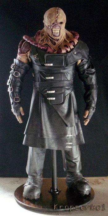Kropserkel: Resident Evil: Apocalypse Nemesis creature costumeiles