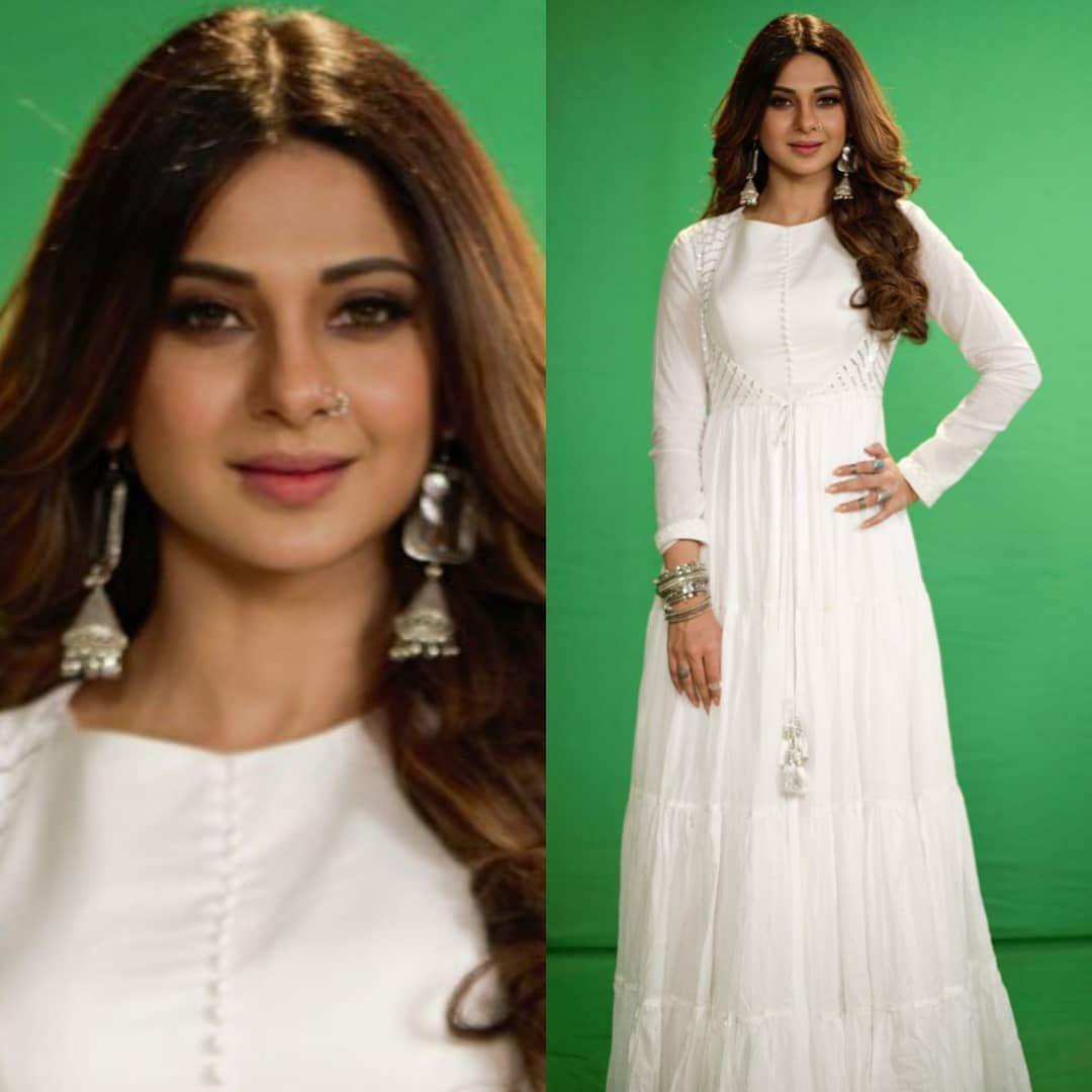 Gorgeous Jenniferwinget1 Jenniferwinget Maya Zoya Beyhadh Bepannaah Jennifer Dress Hijabi Fashion Desi Fashion