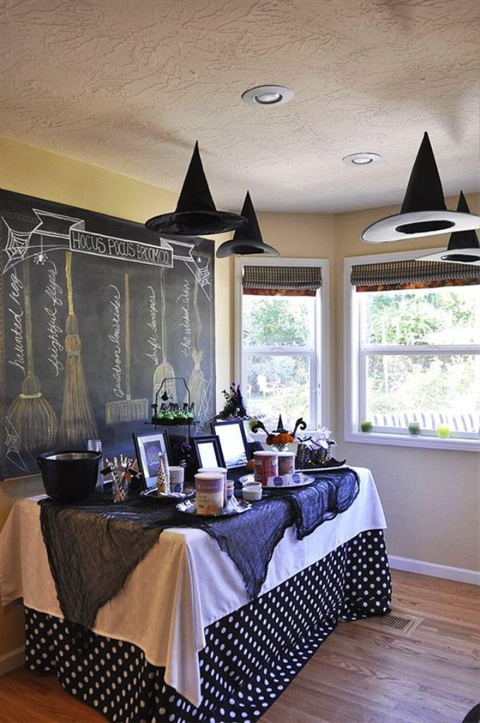 15 Apartment Halloween Decoration Ideas Halloween party