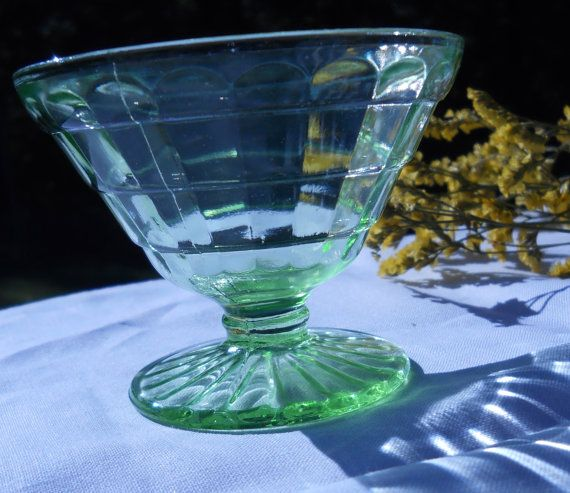5c5e8b1f22a2 Items similar to Set of 4 Green Depression Glass Sherbet Bowls in the Block  Design on Etsy