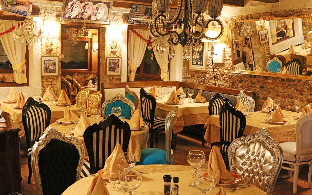 Sedie Barocche ~ Sala di ristorante realizzata con le nostre sedie barocco. www