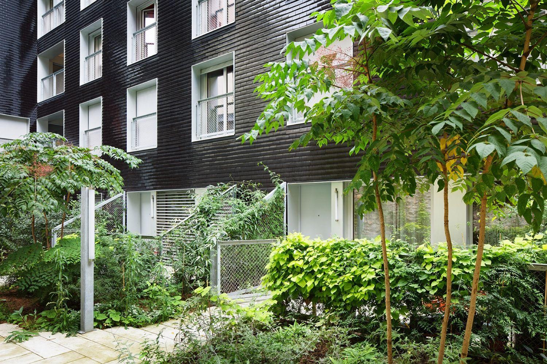 Gallery Of Social Housing Units In Paris Atelier Du Pont 12 Social Housing Terrace Garden Patio Garden