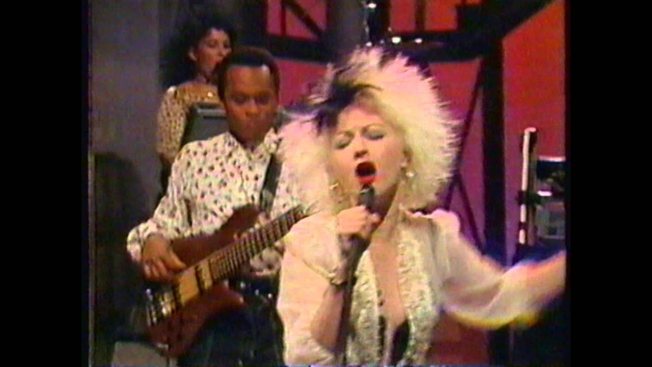 Cyndi Lauper I Drove All Night (David Letterman 1989