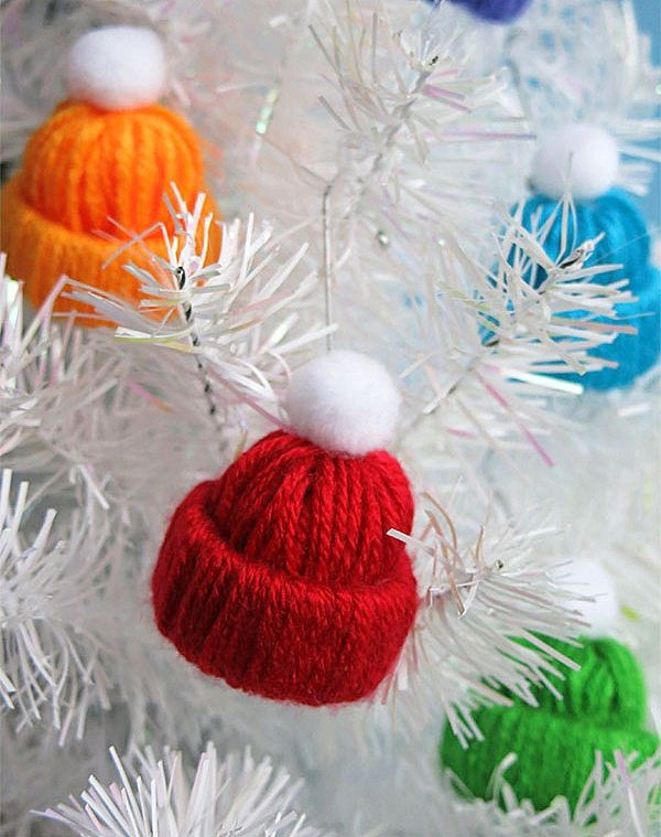A master class of New Years crafts made by themselves - a Christmas tree crocheted