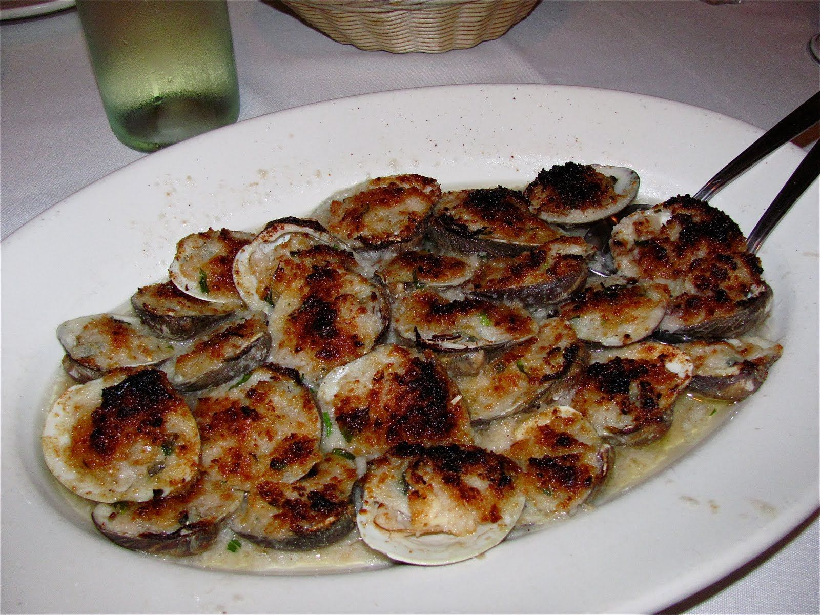 Don Peppe King Of Queens Baked Clams Oreganata Clam Bake Food