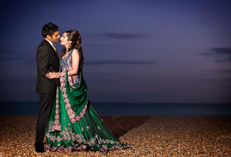 Beautiful Wedding shoot in London, image courtesy by Osmanghani Photograpy. | Visit www.shaadibelles.com for more inspiration #wedding #bride #groom #london