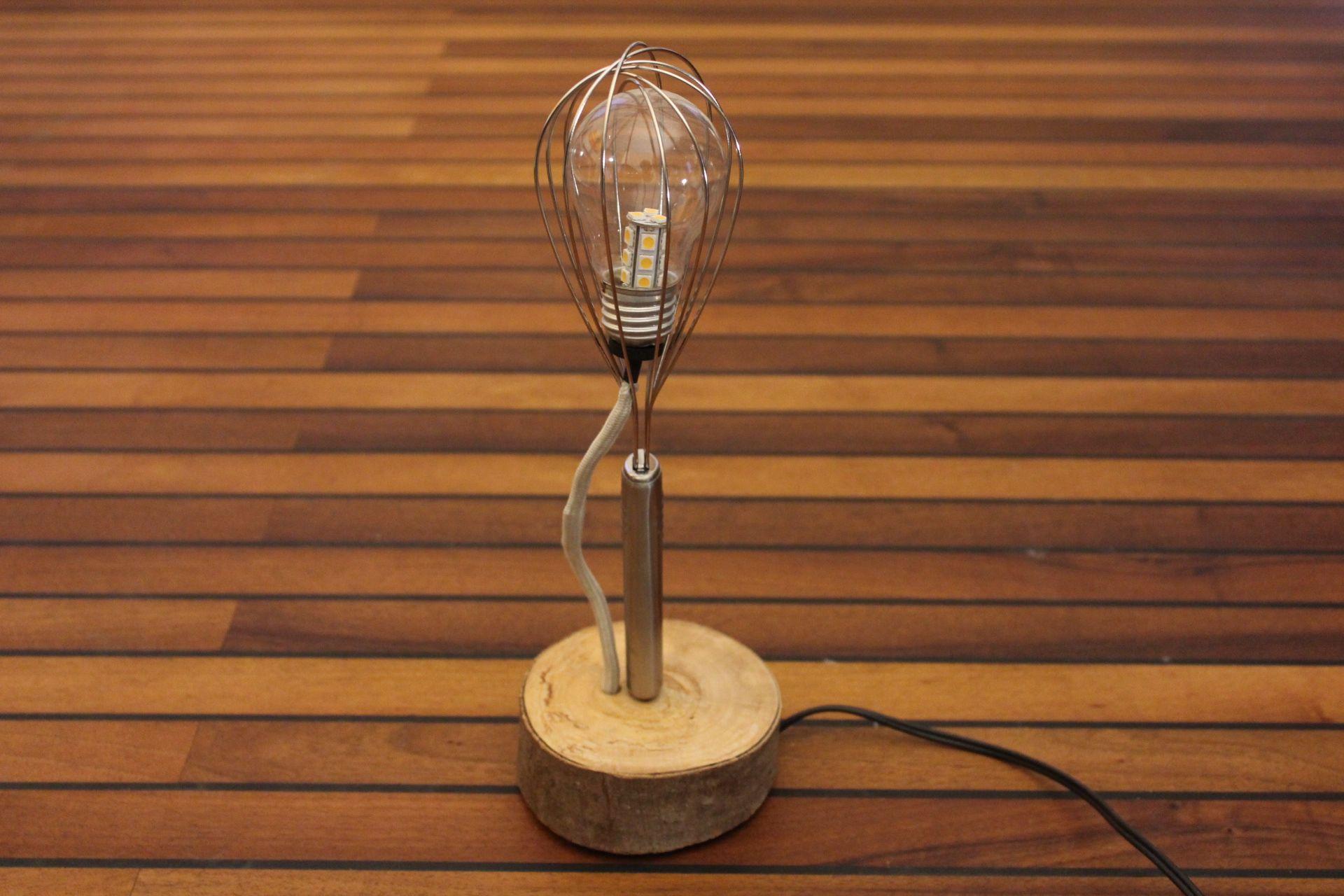 lampen selbst gebaut aus weggeworfenem material leuchten aus veloteilen autoteilen und. Black Bedroom Furniture Sets. Home Design Ideas