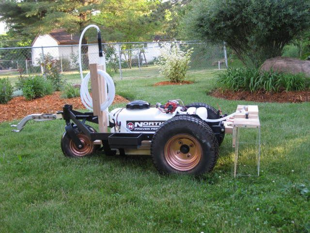 This Is An Old Walker Mower I Took The Frame And Converted It Into A Lawn Sprayer Best Lawn Tractor Lawn Tractor Landscaping Business