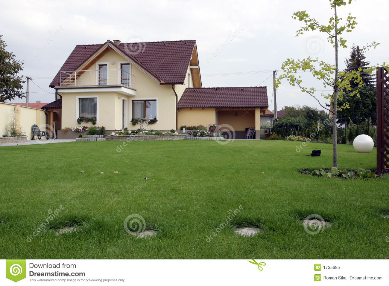 Hous And Garden. Royalty Free Stock Photo   Image: 1735685