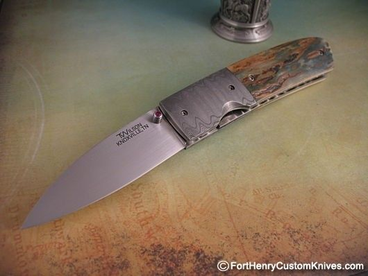 Tim Wilson started making knives in 1998 under the guidance of Frank Centofante and Mel Pardue. As he developed his own style he drew upon his past experience as an NCIS Agent and his current needs as an Active Duty DEA Agent.
