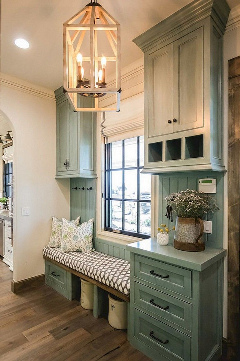 55 Graceful Rustic Farmhouse Mudroom Decorating Ideas Rusticfarmhouse Mudroom Mudroomideas Budget Kitchen Remodel Home Decor Kitchen Farm House Living Room
