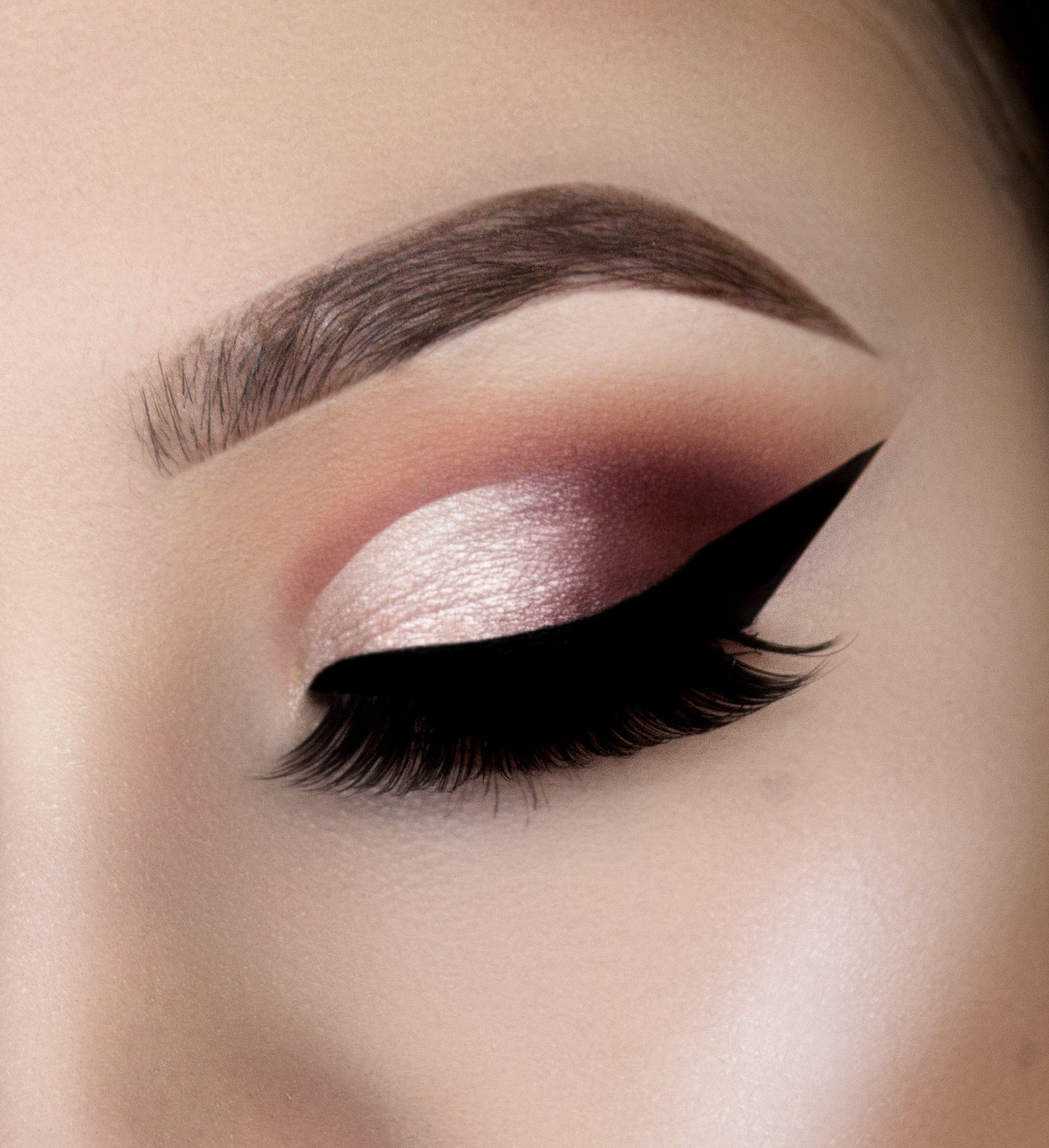 Pin On Makeup Tutorial Eyeliner