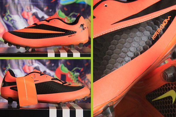 Jual Sepatu Bola Online Sepatu Hitam Merah