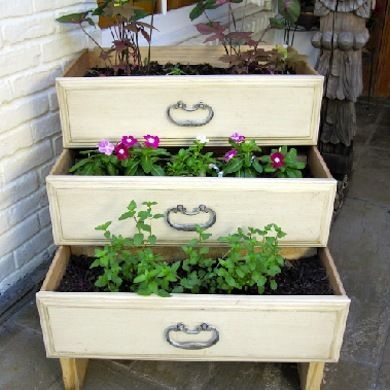 Three Stacked Dresser Drawers Create A Planter With Stepped Up Height And  flair. Shabby