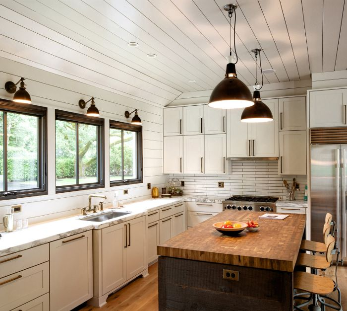 A modern farmhouse in portland modern farmhouse modern for Farm style kitchen decor