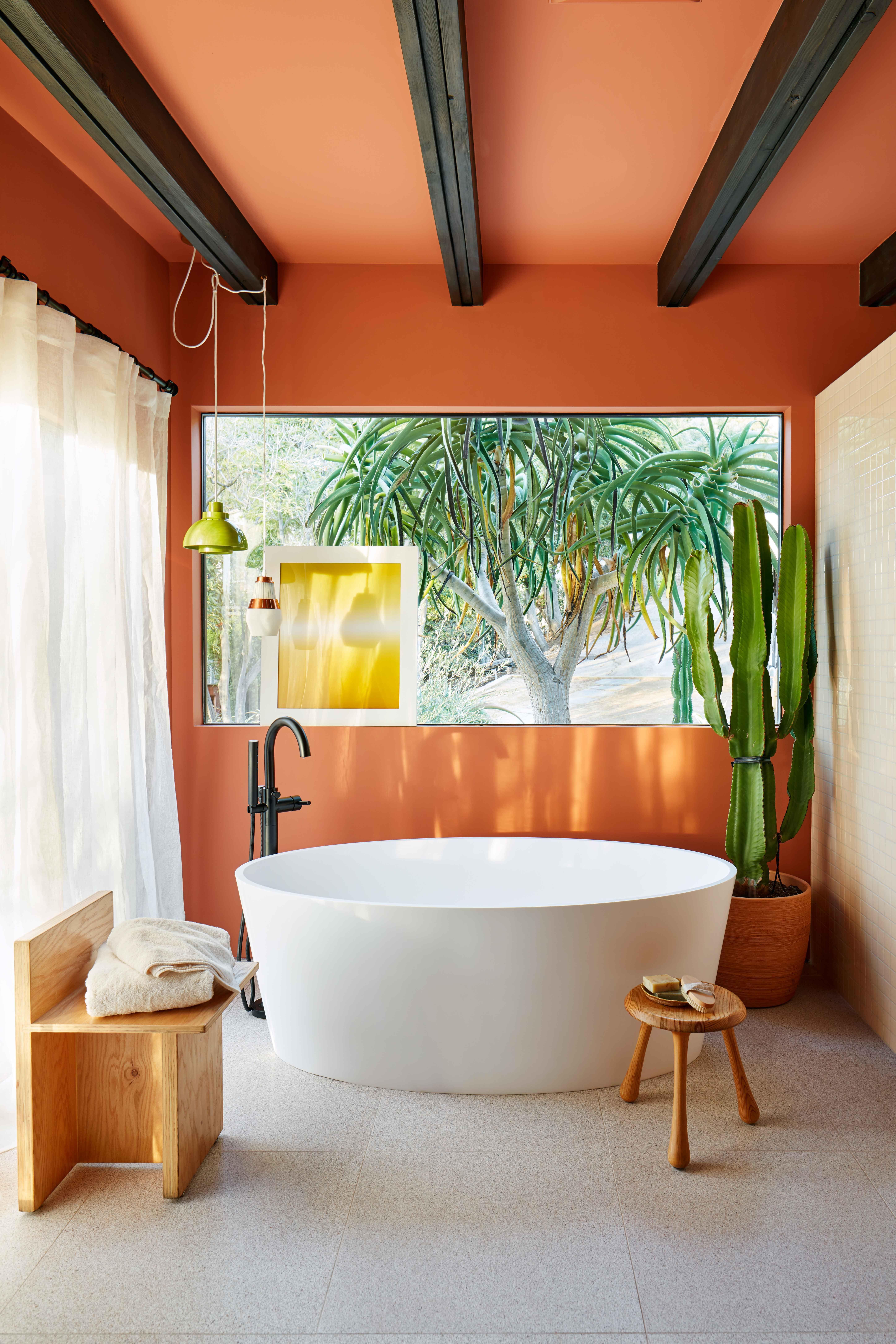 Sophia Bush's Hollywood Hills Bungalow | Elle decor ...