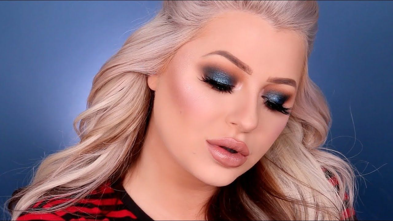 e2fb3e1fdb9e Blue Smokey Eye Makeup Tutorial