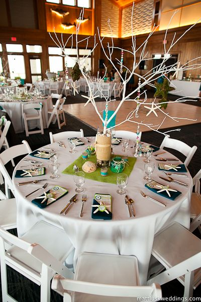 Like The Idea Of Sticking With White Linens Then Splashing Color Folded Napkins And Fabric