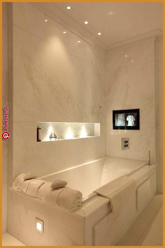 Led Fliesenbeleuchtung Fur Ihr Badezimmer Egal Ob Sie Sie Auf Dem Badezimmerboden An Der Wand Zwis Badezimmer Licht Moderne Badezimmerideen Luxusbadezimmer