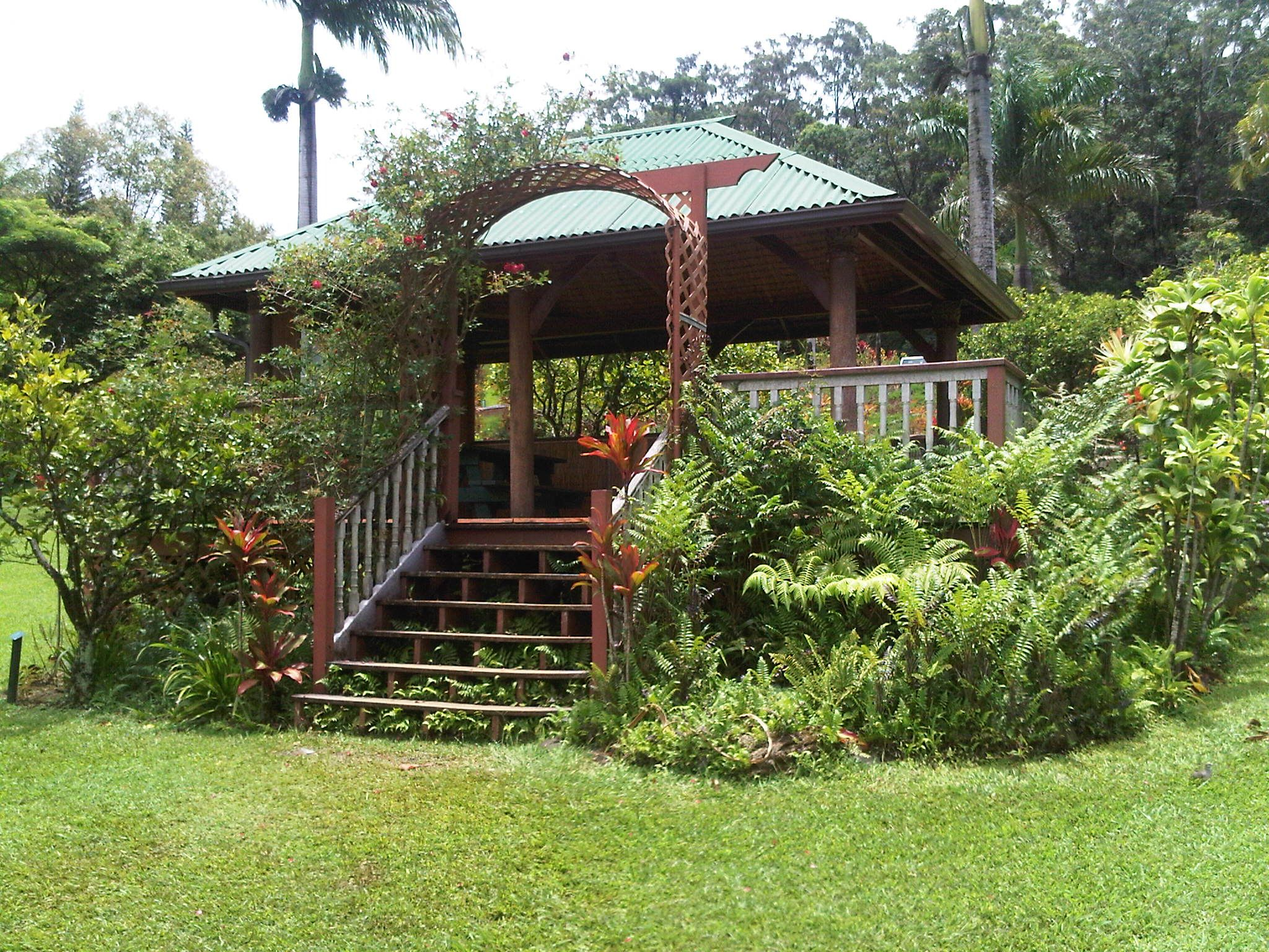 Maui Garden Of Eden With Images Backyard The Good Place Maui Hawaii