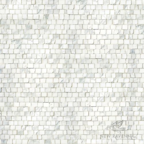 Staggered 2 Cm A Hand Chopped Stone Mosaic Shown In Honed Calacatta Stone Mosaic New Ravenna Ravenna Mosaics